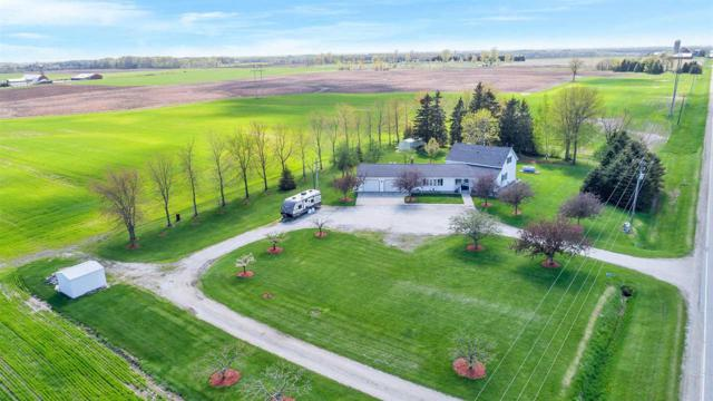 E4819 Hwy Bb, Two Rivers, WI 54241 (#50199053) :: Dallaire Realty