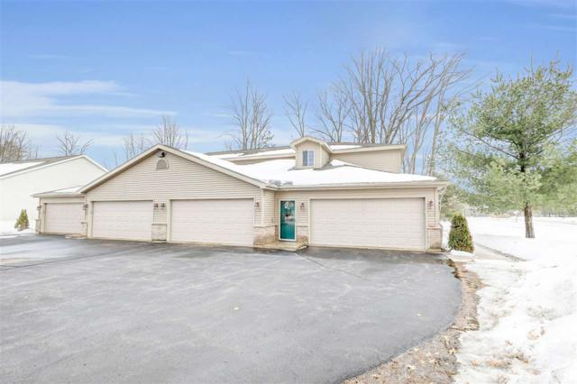 1501 Snowshoe Trail, Suamico, WI 54173 (#50199116) :: Todd Wiese Homeselling System, Inc.