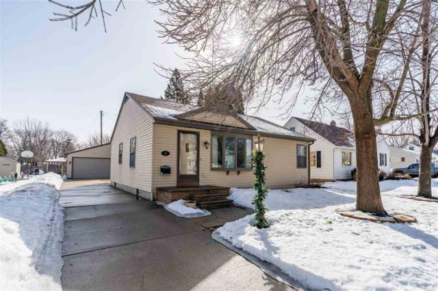 1512 Rugby Street, Oshkosh, WI 54902 (#50199167) :: Todd Wiese Homeselling System, Inc.