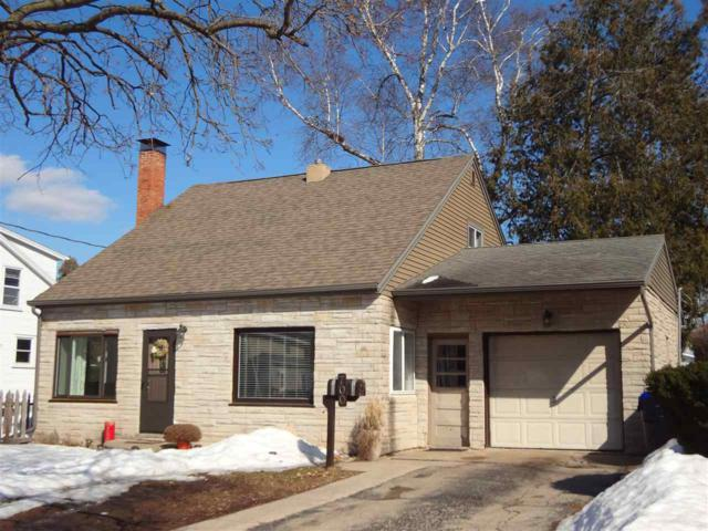 700 S Shawano Street, New London, WI 54961 (#50199181) :: Dallaire Realty