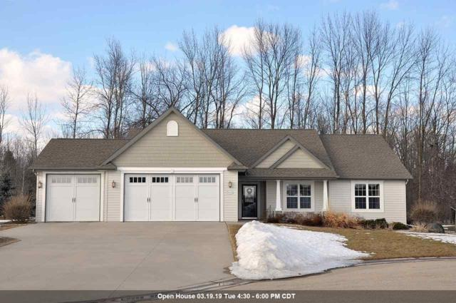 W7246 Dover Court, Greenville, WI 54942 (#50199236) :: Todd Wiese Homeselling System, Inc.