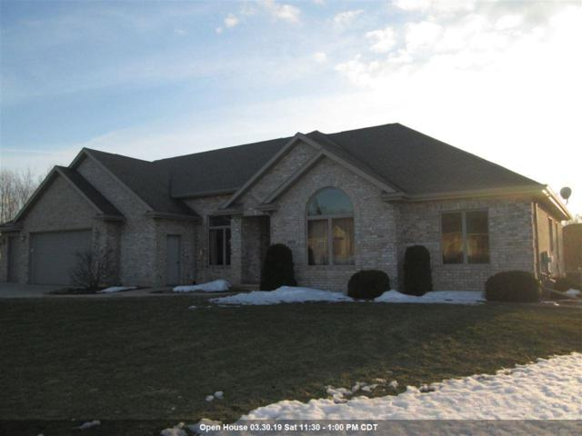 4024 Half Crown Run, De Pere, WI 54115 (#50199247) :: Todd Wiese Homeselling System, Inc.