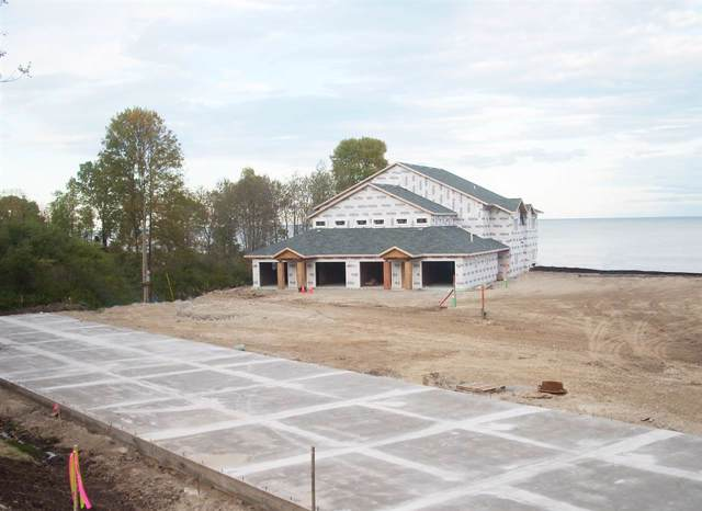 2606 Lake Street, Algoma, WI 54201 (#50199380) :: Symes Realty, LLC