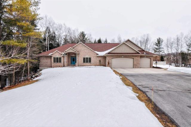 3319 Tarragon Trail, Green Bay, WI 54313 (#50199469) :: Todd Wiese Homeselling System, Inc.