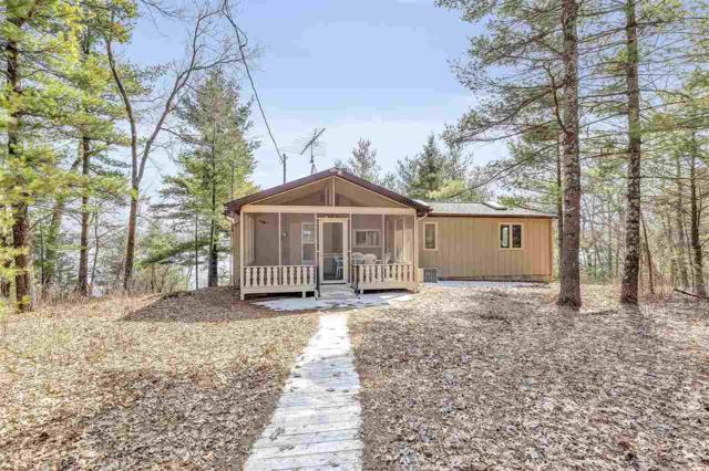 W5159 N Twin Lake Road, Waupaca, WI 54981 (#50200327) :: Dallaire Realty
