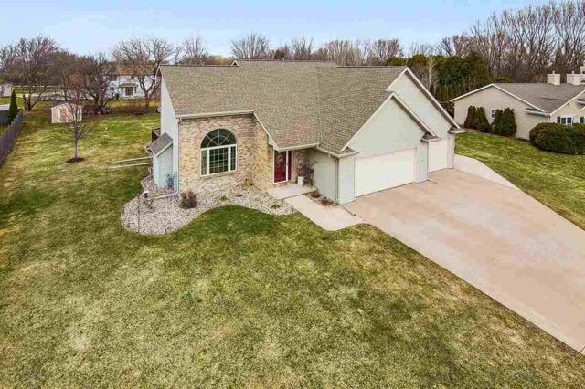 2059 Muirfield Way, New Franken, WI 54229 (#50200530) :: Dallaire Realty