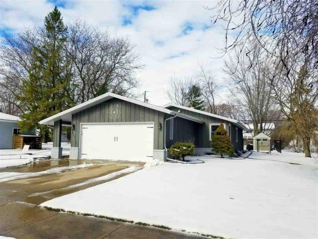 1043 Melrose Street, Neenah, WI 54954 (#50200713) :: Dallaire Realty