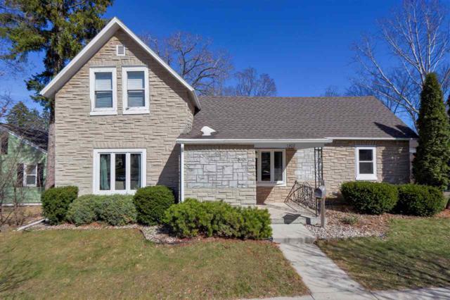 1302 Main Avenue, Kaukauna, WI 54130 (#50200796) :: Todd Wiese Homeselling System, Inc.
