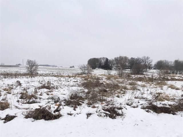 Windmill Drive, Kaukauna, WI 54130 (#50201033) :: Carolyn Stark Real Estate Team