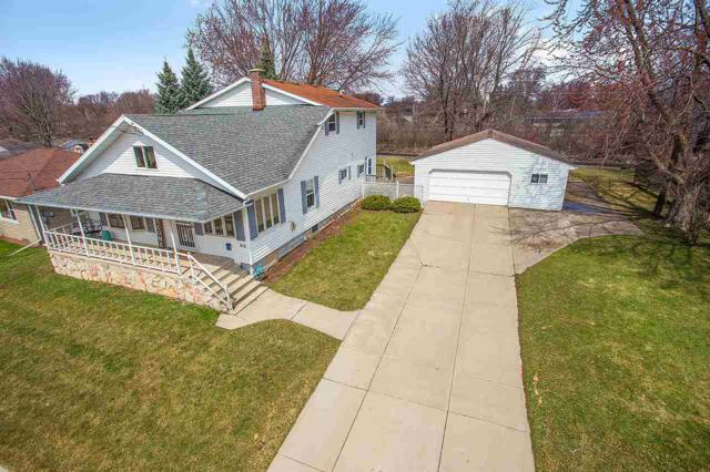912 Draper Street, Kaukauna, WI 54130 (#50201043) :: Todd Wiese Homeselling System, Inc.