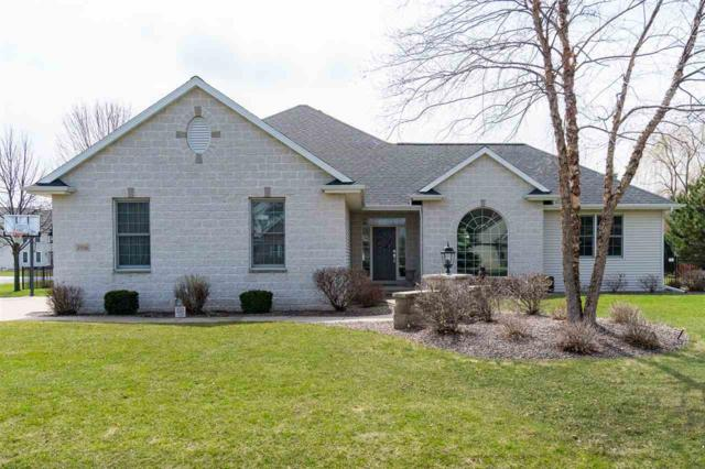 2706 Beechnut Drive, Oshkosh, WI 54904 (#50201056) :: Dallaire Realty