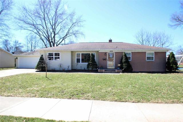 1426 Mayfair Street, De Pere, WI 54115 (#50201263) :: Todd Wiese Homeselling System, Inc.