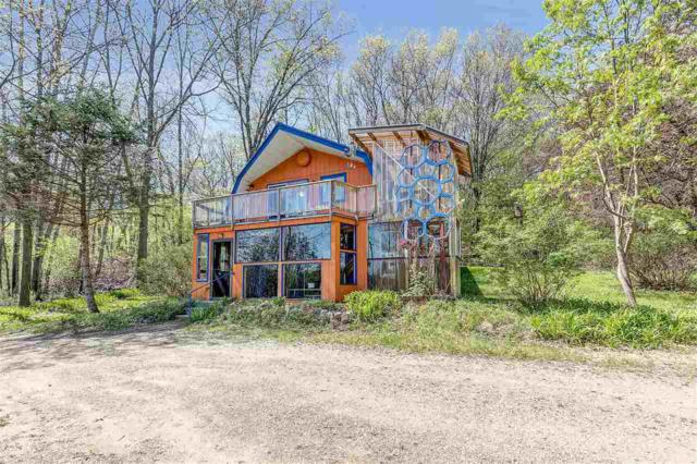 E3106 Bunker Road, Waupaca, WI 54981 (#50201711) :: Dallaire Realty
