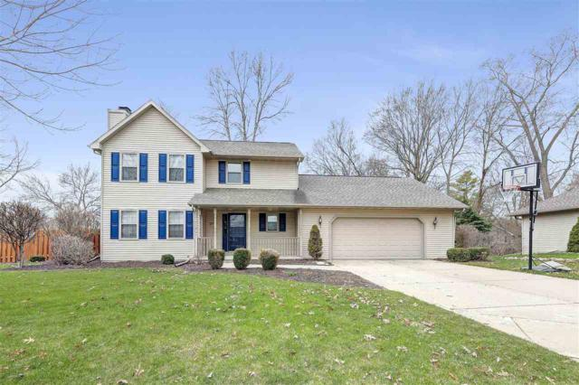 2769 Friendly Circle, Green Bay, WI 54313 (#50201729) :: Dallaire Realty