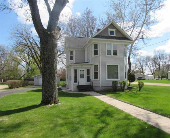 430 Broadway Street, Berlin, WI 54923 (#50202257) :: Todd Wiese Homeselling System, Inc.