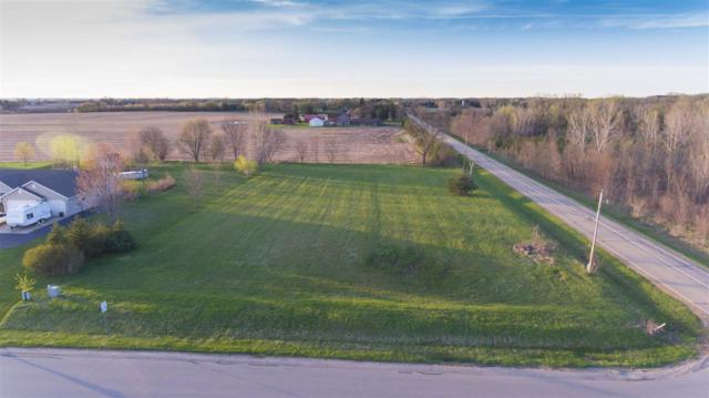 Dekalb Lane, Neenah, WI 54956 (#50202284) :: Dallaire Realty