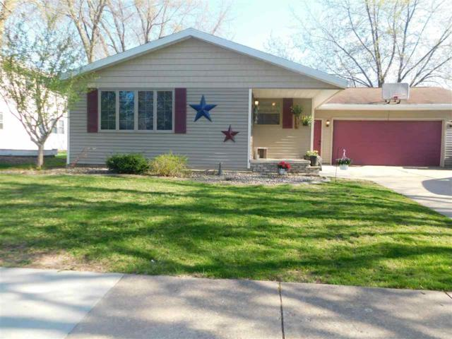 509 Paul Drive, Kaukauna, WI 54130 (#50202809) :: Dallaire Realty