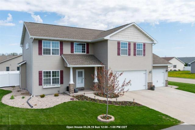 1351 Nature Trail Drive, Neenah, WI 54956 (#50202929) :: Todd Wiese Homeselling System, Inc.