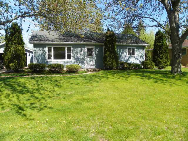 1060 Melrose Street, Neenah, WI 54956 (#50203045) :: Dallaire Realty