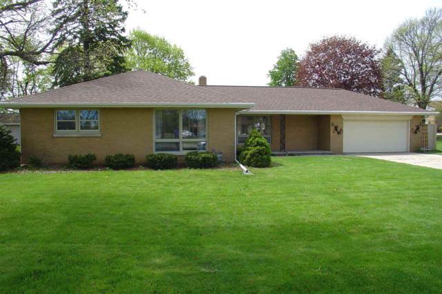 1003 Cedar Street, De Pere, WI 54115 (#50203148) :: Todd Wiese Homeselling System, Inc.