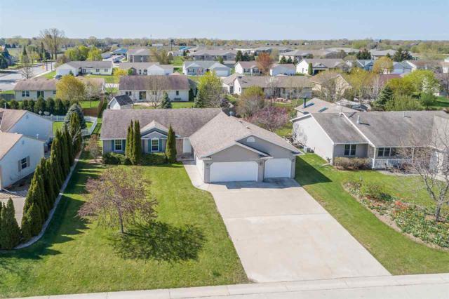 1629 W Rachel Lane, Appleton, WI 54913 (#50203223) :: Todd Wiese Homeselling System, Inc.