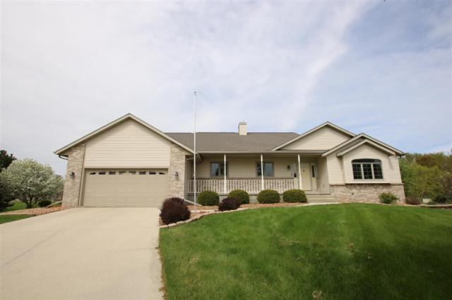 36 Corvette Circle, Fond Du Lac, WI 54935 (#50203230) :: Todd Wiese Homeselling System, Inc.