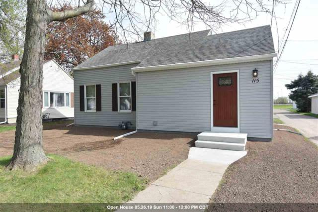 115 E 3RD Street, Kimberly, WI 54136 (#50203265) :: Dallaire Realty