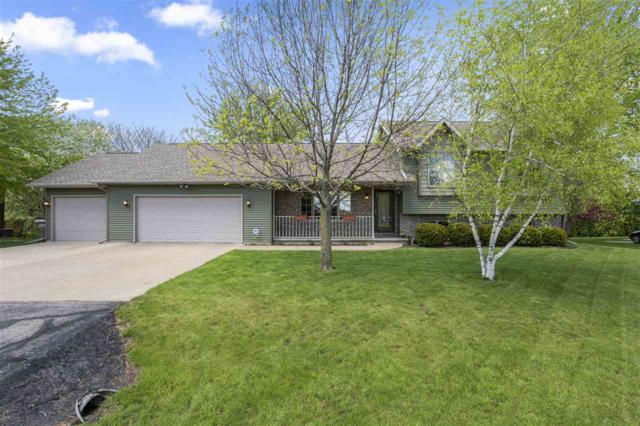 4096 Marquis Road, Oshkosh, WI 54904 (#50203541) :: Todd Wiese Homeselling System, Inc.