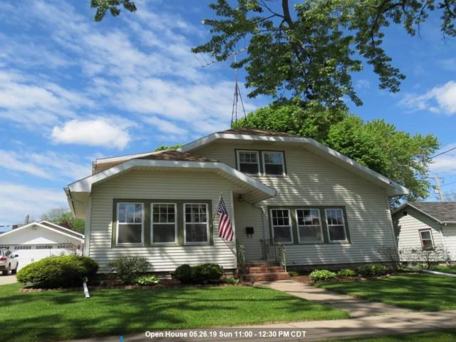 615 N Union Street, Appleton, WI 54911 (#50203546) :: Todd Wiese Homeselling System, Inc.
