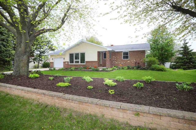924 Lincoln Street, Seymour, WI 54165 (#50203655) :: Todd Wiese Homeselling System, Inc.