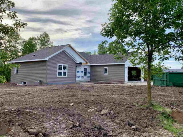 N8522 Sunset Drive, Fond Du Lac, WI 54937 (#50203775) :: Dallaire Realty