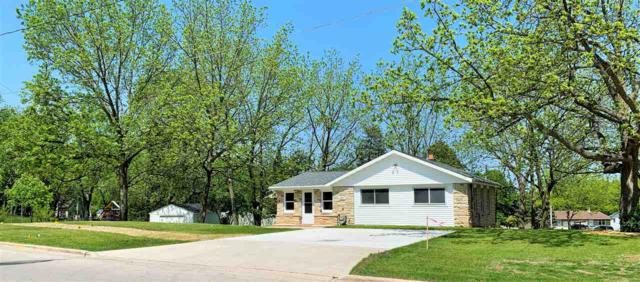 2871 St Anthony Drive, Green Bay, WI 54311 (#50204212) :: Todd Wiese Homeselling System, Inc.