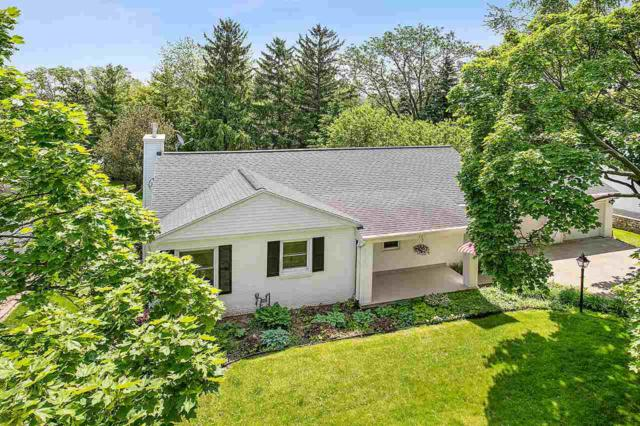 2011 Woodrow Way, Green Bay, WI 54301 (#50204271) :: Todd Wiese Homeselling System, Inc.