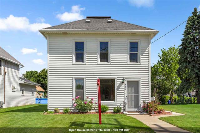 426 W 10TH Street, Kaukauna, WI 54130 (#50204697) :: Dallaire Realty
