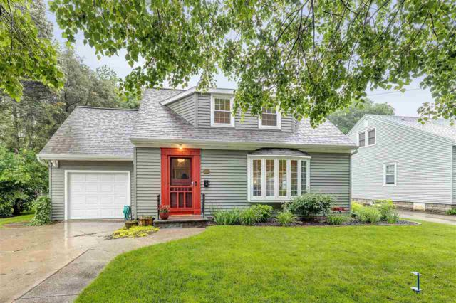 1211 S Clay Street, Green Bay, WI 54301 (#50204832) :: Symes Realty, LLC