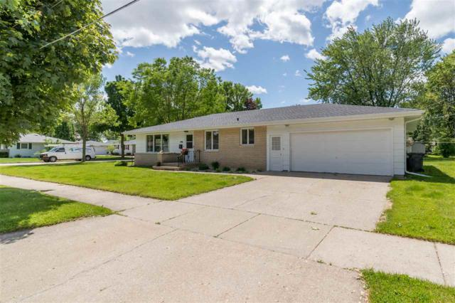 346 S Roger Street, Kimberly, WI 54136 (#50204941) :: Dallaire Realty