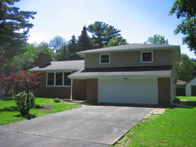 1442 Traeger Street, Green Bay, WI 54304 (#50205147) :: Todd Wiese Homeselling System, Inc.