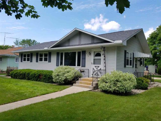 515 Stow Street, Fond Du Lac, WI 54935 (#50205234) :: Symes Realty, LLC