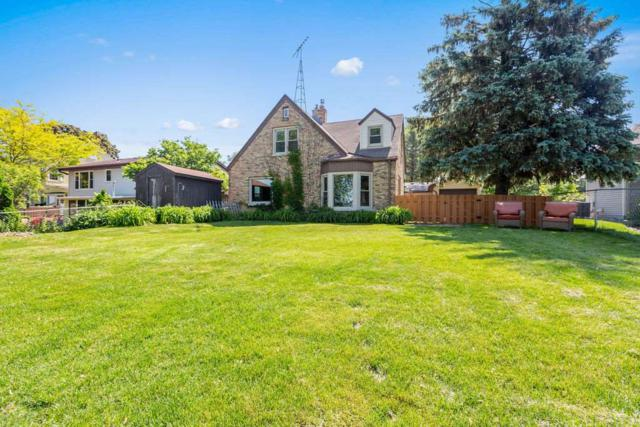 1350 Lakeshore Drive, Menasha, WI 54952 (#50205287) :: Symes Realty, LLC