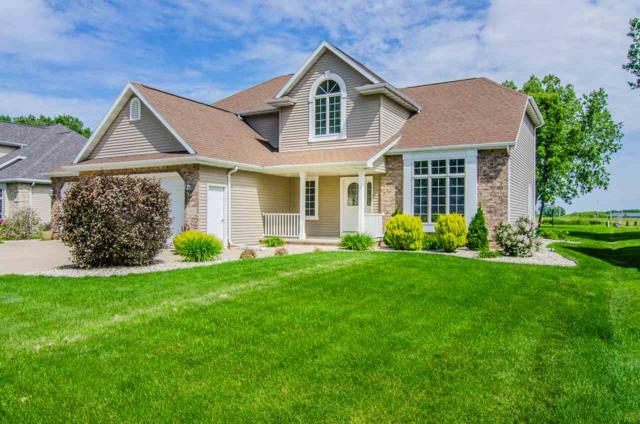 1816 E Orchard Blossom Drive, Appleton, WI 54915 (#50205351) :: Todd Wiese Homeselling System, Inc.