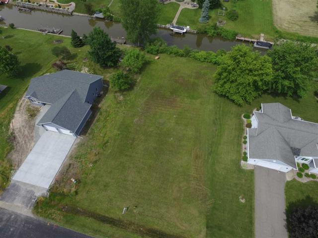 5239 Killdeer Lane, Oshkosh, WI 54901 (#50205386) :: Todd Wiese Homeselling System, Inc.