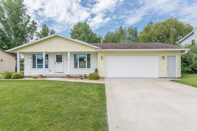 233 Lakeview Avenue, Hortonville, WI 54944 (#50205391) :: Todd Wiese Homeselling System, Inc.