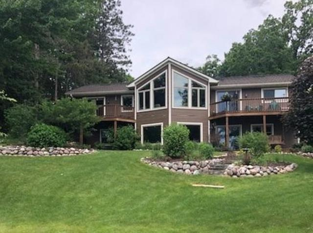 E893 Stratton Lake Road, Waupaca, WI 54981 (#50205648) :: Todd Wiese Homeselling System, Inc.