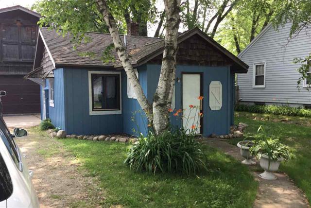 1829 11TH Avenue, Green Bay, WI 54304 (#50206294) :: Dallaire Realty