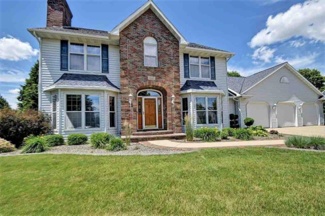 3934 E St Croix Circle, Green Bay, WI 54301 (#50206382) :: Dallaire Realty