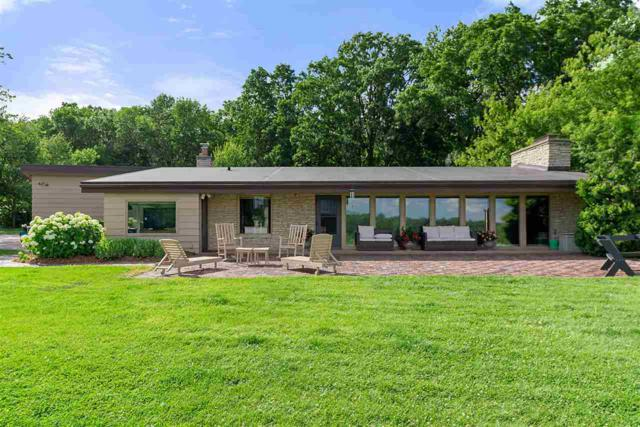 2788 Lost Dauphin Road, De Pere, WI 54115 (#50206772) :: Todd Wiese Homeselling System, Inc.