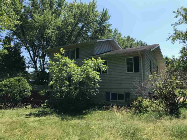 N10627 Lakeshore Road, Clintonville, WI 54929 (#50206845) :: Symes Realty, LLC