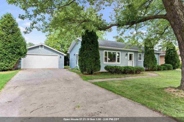 1060 Melrose Street, Neenah, WI 54956 (#50207118) :: Todd Wiese Homeselling System, Inc.