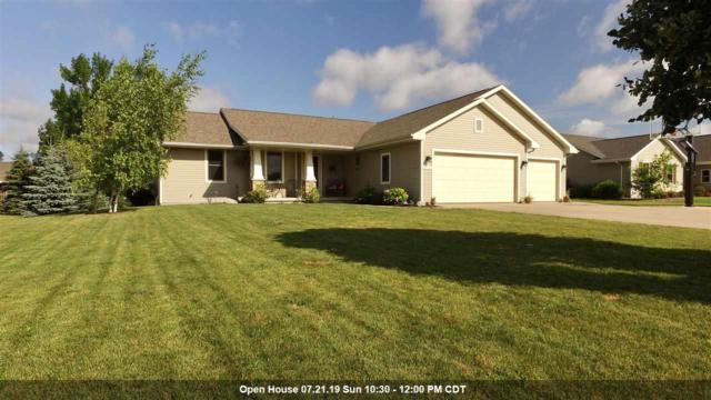 N1735 Schroeder Farm Drive, Greenville, WI 54942 (#50207214) :: Todd Wiese Homeselling System, Inc.