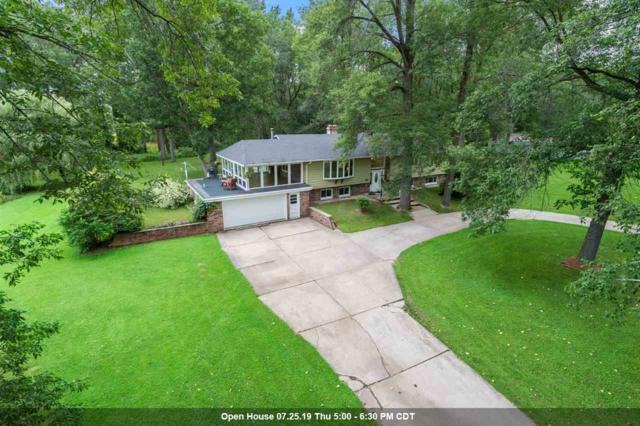 4507 Renard Court, Suamico, WI 54173 (#50207334) :: Todd Wiese Homeselling System, Inc.